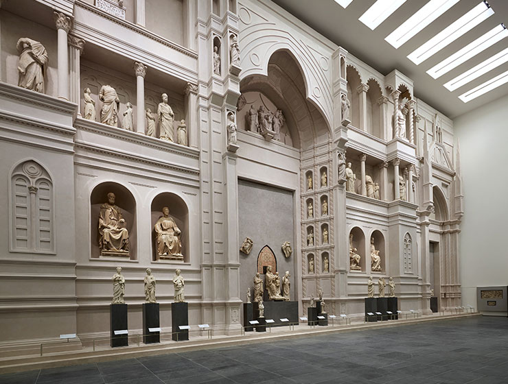 A special feature of the new Museo dell'Opera del Duomo in Florence is its full-scale recreation of Arnolfo di Cambio's unfinished original façade for the Duomo from the 1300s.